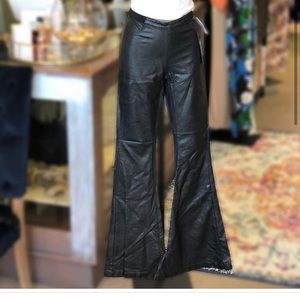 Blank NYC pull on flare pleather pants 27/Small